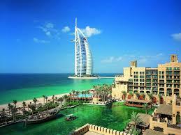 Туроператоры: отдыху туристов в ОАЭ ничего не угрожает
