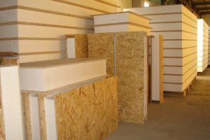 Как построить дом из сендвич панелей