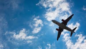 Мишустин поручил подготовить варианты возобновления международных рейсов