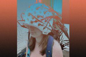 Носимый магнитоэнцефалограф натянули на всю голову