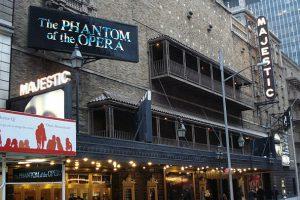 Бродвейский театр откроется не раньше 2021 года
