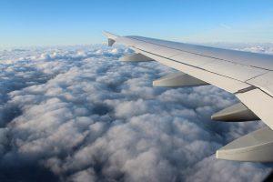 Спрос на авиабилеты по РФ восстановился почти на 80%