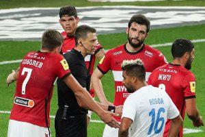 Арбитры матча «Спартака» с «Сочи» отстранены от судейства