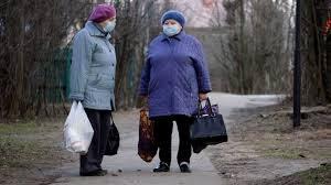 Как съездить в гости к пожилым родственникам, не заразив их коронавирусом