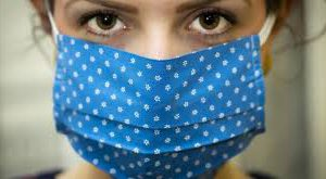 Самодельные маски сдерживают вирусный аэрозоль даже при кашле