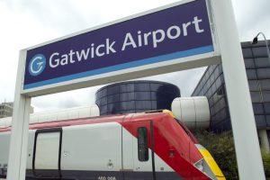 Туристов предупредили о закрытии транзитной зоны в лондонском аэропорту Гатвик