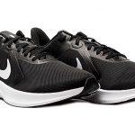 Dribling - Беговые кроссовки Nike