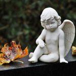 Что делать, если умер близкий человек: подробный порядок действий