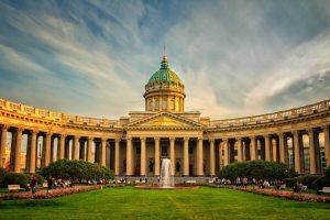 Туристы назвали Санкт-Петербург самым комфортным летним туристическим направлением