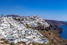 Греция рассчитывает запустить массовый туризм во второй половине 2021-го