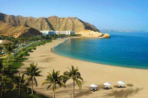 Оман открывается для организованных туристов