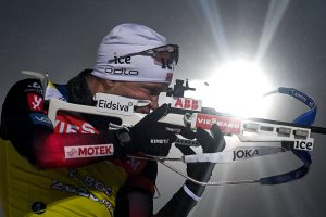 Норвежец Тарьей Бе выиграл спринт на этапе КМ в Контиолахти