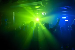 В турецких отелях запретили дискотеки после 22:00