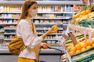 Новое исследование CDC подтвердило необходимость ношения масок в публичных местах