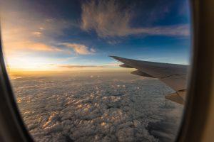 На Новый год из миллионников: откуда стало летать дешевле всего