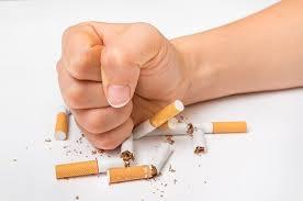 Зачем бросать курить во время пандемии