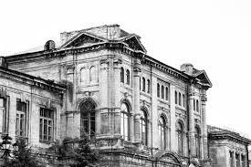 В Керчи реконструируют Романовскую гимназию XIX века