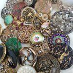 Несколько сотен старинных пуговиц представлены на выставке в Переславль-Залесском