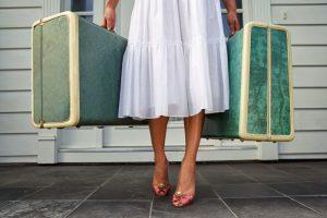 В 2021 женщины путешествуют чаще мужчин