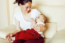 ВОЗ заявила о необходимости не разлучать мать и новорожденного при COVID-19