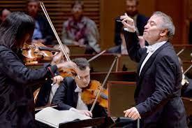 Валерий Гергиев и оркестр Мариинского театра выступили в Ярославле