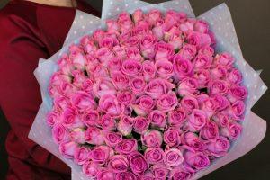 Покупайте розы в компании Rus Florist онлайн
