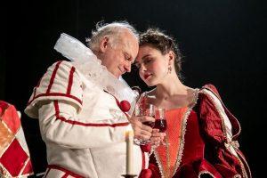 Семен Спивак поставил пьесу Булгакова «Кабала святош»