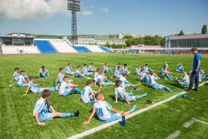 В Саратове юные спортсмены получили экипировку по нацпроекту