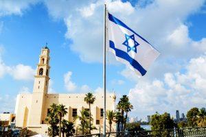 Израиль перенес дату открытия страны для вакцинированных туристов
