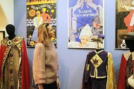 Костюмы для советских исторических фильмов представлены на киностудии им. Горького