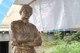 Памятник Максиму Горькому установили в Нижнем Новгороде