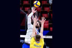 Россияне победили в первом раунде плей-офф первенства Европы по волейболу