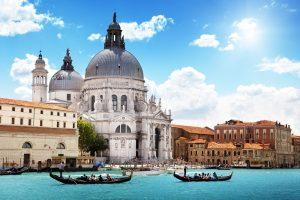 С июня 2022 года въезд в Венецию будет платным