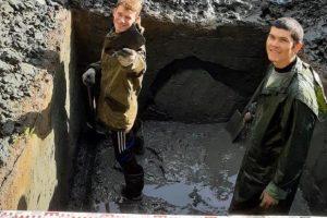 Томские археологи нашли редкую кость эпохи неолита с вырезанным лицом человека
