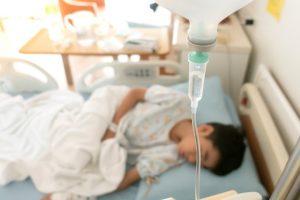 COVID-19 при онкозаболеваниях у детей: высокий риск смерти и прерванное лечение