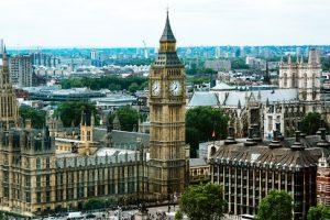 Как правильно вложить деньги в недвижимость в Англии