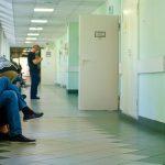 Более половины российских врачей не любят региональные власти — опрос